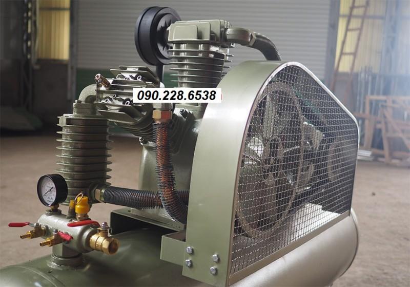 Mặt trên máy nén khí Jucai AW60012