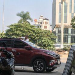 Gia Noc 2 Thanh Xe Toyota Rush