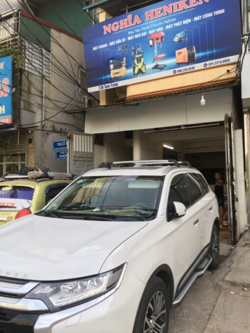 Gia Noc Xe Mitsubishi Outlander